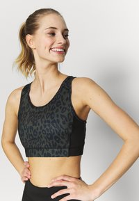 New Look - BRA - Camiseta de deporte - dark khaki - 0
