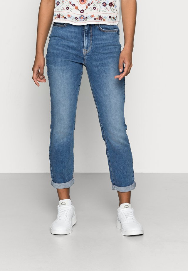 CAS RELAX SKINNY - Jeans Skinny Fit - light blue denim