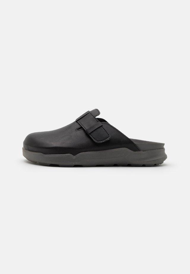 BONDED - Pantoffels - black