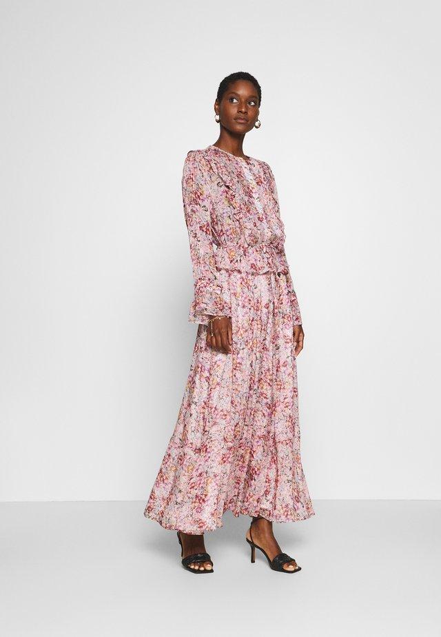 GIO DRESS - Robe longue - sorbet