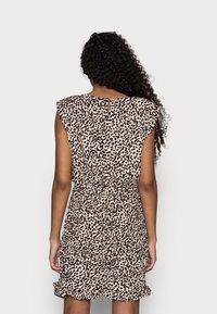 New Look Petite - SHOULDER PAD RUCHED DRESS - Day dress - beige/black - 2