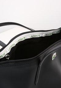 Lacoste - NF2037PO - Shopper - black - 5