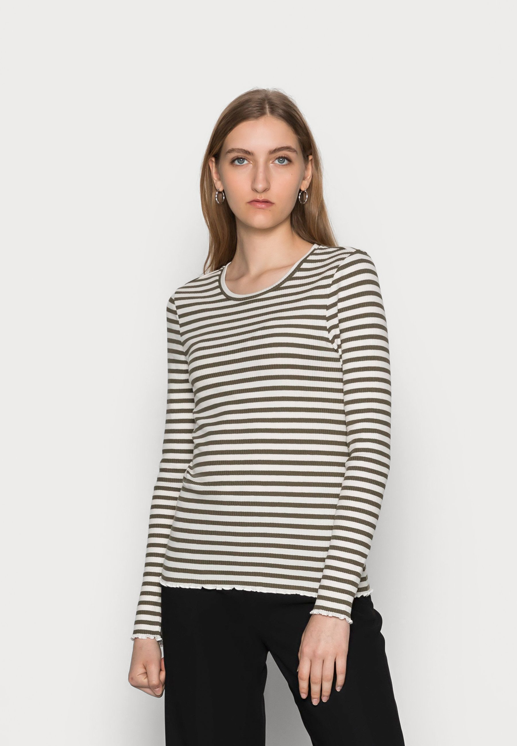 Women FANNA CREW NECK TEE  - Long sleeved top