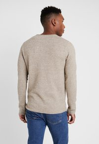 Selected Homme - SLHROCKY CREW NECK - Strikpullover /Striktrøjer - sepia/light grey melange - 2