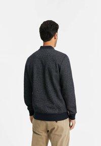 WE Fashion - Felpa aperta - greyish blue - 2