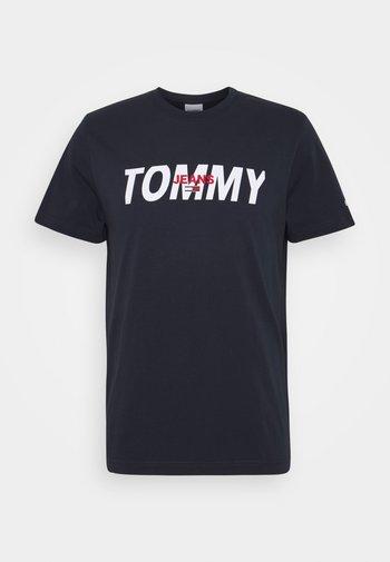 LAYERED GRAPHIC TEE  - Print T-shirt - twilight navy
