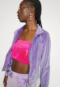 Juicy Couture - TANYA ACID TRACK - Sweater met rits - pastel lilac - 5
