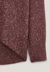 Massimo Dutti - PULLOVER MIT WEITEM AUSSCHNITT - Sweatshirt - bordeaux - 6