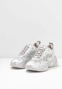 Tamaris Fashletics - LACE UP - Baskets basses - silver - 4