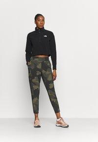 Columbia - PLEASANT CREEK™  - Trousers - stone green - 1