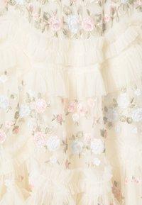 Needle & Thread - LALABELLE MINI DRESS - Koktejlové šaty/ šaty na párty - champagne - 2