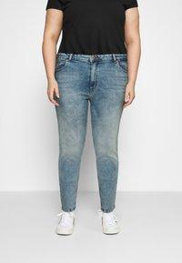 ONLY Carmakoma - CARENEDA MOM - Straight leg jeans - light blue denim - 0