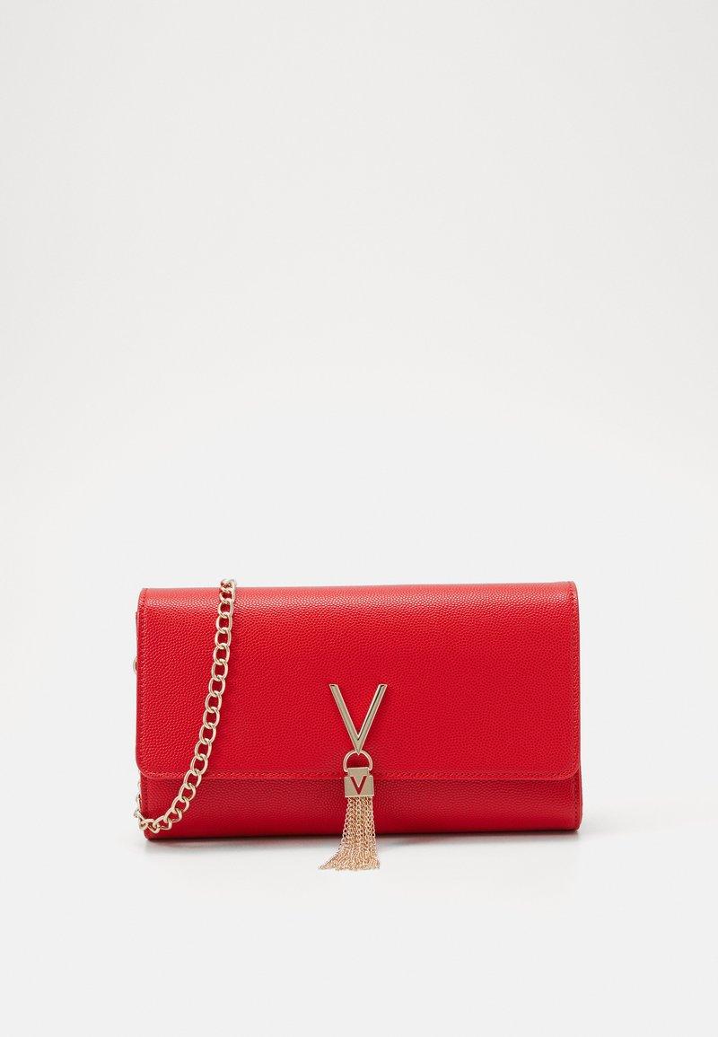 Valentino Bags - DIVINA - Clutch - rosso