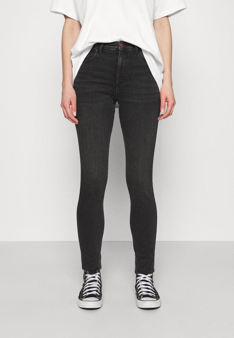 Wrangler - HIGH RISE - Jeans Skinny - soft storm