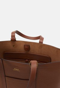 Polo Ralph Lauren - PEBBLED CLASSIC TOTE - Tote bag - light brown - 3
