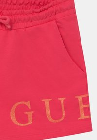Guess - JUNIOR - Kraťasy - rouge pink - 2