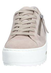 Gabor - Sneakers laag - beige - 7