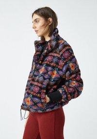 PULL&BEAR - Fleece jacket - black - 3