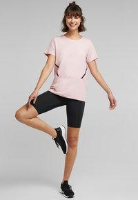 Esprit Sports - Print T-shirt - light pink - 1