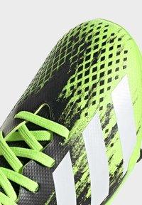 adidas Performance - PREDATOR FOOTBALL BOOTS FIRM GROUND UNISEX - Botas de fútbol con tacos - siggnr/ftwwht/cblack - 8