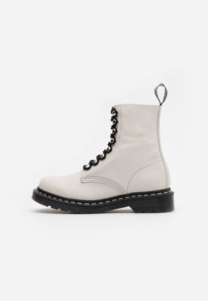 1460 PASCAL - Platform ankle boots - bone virginia