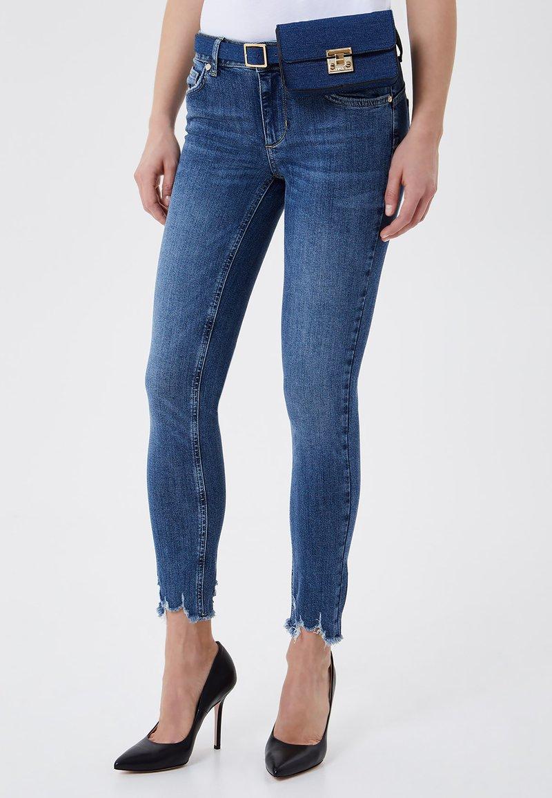 LIU JO - Jeans Skinny Fit - black denim
