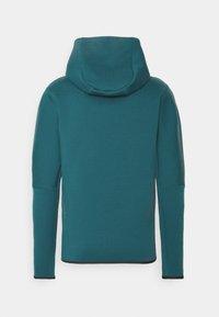 Nike Sportswear - HOODIE 2 TONE - Zip-up hoodie - dark teal green/blustery - 7