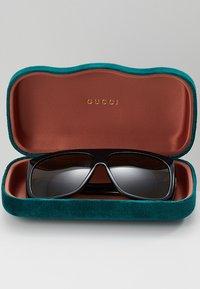Gucci - Sluneční brýle - black/brown - 2
