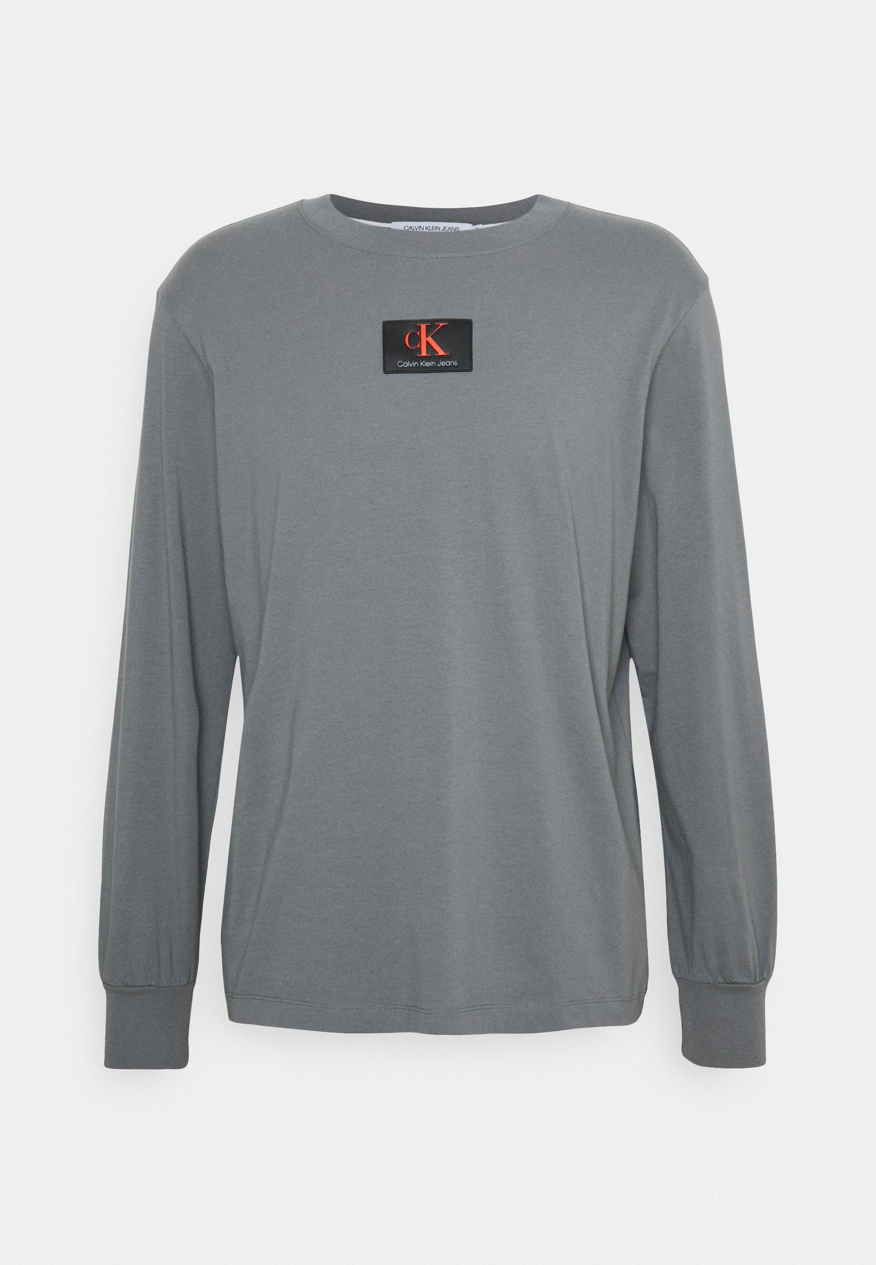 Men CUFFED BADGE TEE - Long sleeved top