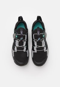 adidas Performance - TERREX AGRAVIC BOA RUNNING - Løpesko for mark - core black/crystal white/acid mint - 3