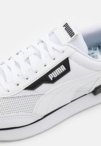 Puma - FUTURE RIDER CONTRAST UNISEX - Trainers - white/black - 5