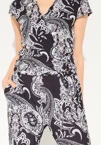 comma - PAISLEY - Jumpsuit - black aop - 3