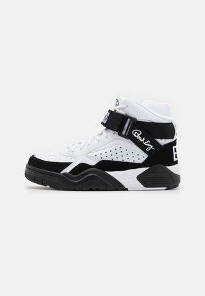 FOCUS X - Höga sneakers - white/black