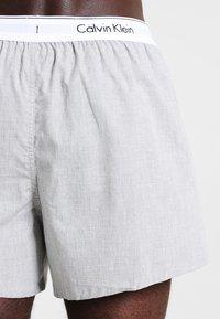 Calvin Klein Underwear - SLIM FIT 2 PACK - Boxer shorts - black/grey - 2