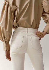 Massimo Dutti - Jeans Skinny Fit - white - 3