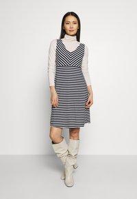 TOM TAILOR - Jersey dress - navy/stripe - 1