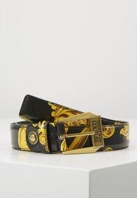Versace Jeans Couture - BAROQUE PRINT PATENT BELT - Cintura - nero/oro - 0