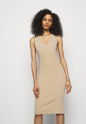 DRESS - Robe pull - beige
