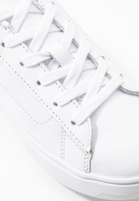 Tommy Hilfiger - CUPSOLE - Trainers - white - 2