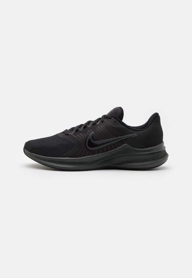 DOWNSHIFTER 11 - Chaussures de running neutres - black/dark smoke grey/light smoke grey