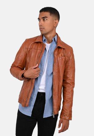 SHELTER - Leather jacket - cognac color