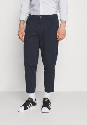JJIBILL JJRICO - Trousers - navy blazer
