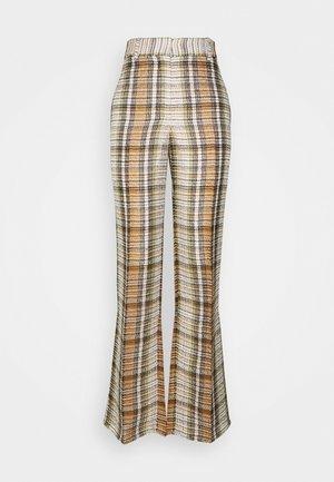 SPLIT HEM TROUSER - Pantalon classique - tan/lime