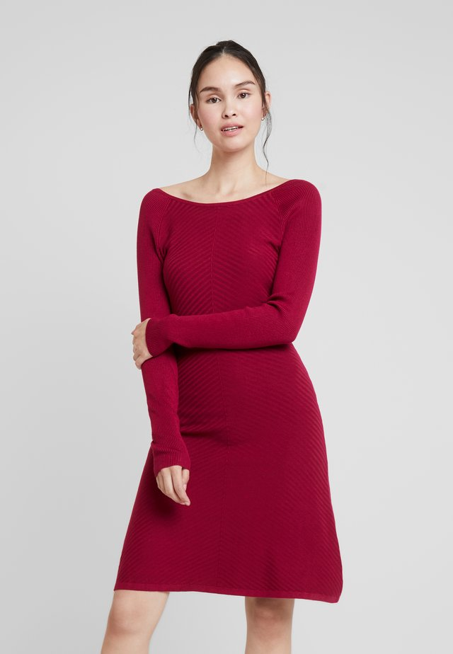 Jumper dress - beet red