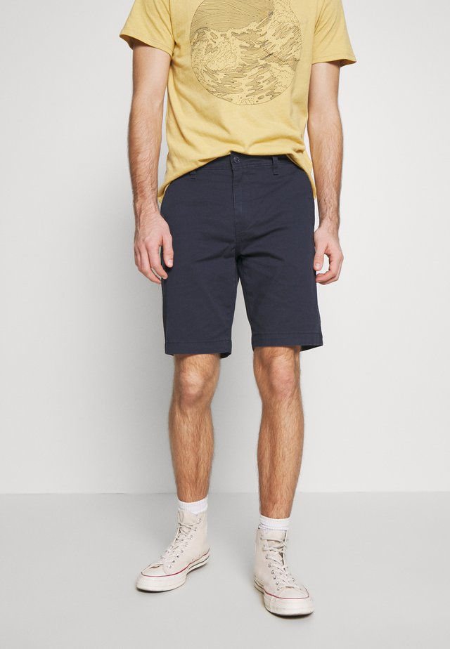 XX CHINO TAPER SHORT II - Kraťasy - baltic navy