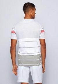 BOSS ATHLEISURE - Print T-shirt - grey - 2