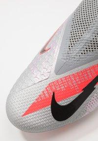 Nike Performance - PHANTOM VISION 2 PRO DF FG - Fotbollsskor fasta dobbar - metallic bomber grey/black/particle grey - 5