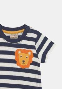 Frugi - POLZEATH POCKET LION UNISEX - Print T-shirt - indigo - 2