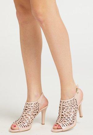 Sandalen met hoge hak - rose