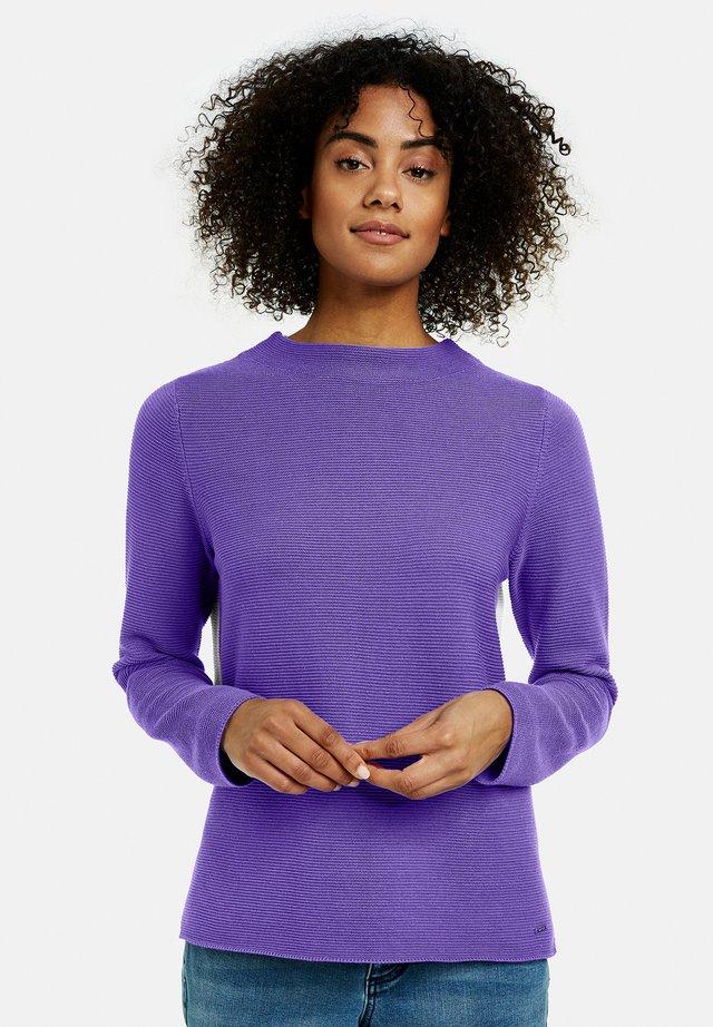 MIT KONTRASTRÜCKEN - Pullover - vibrant lilac gemustert